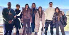 Уроки стиля от Кардашьян-Дженнер: как одеться зимой