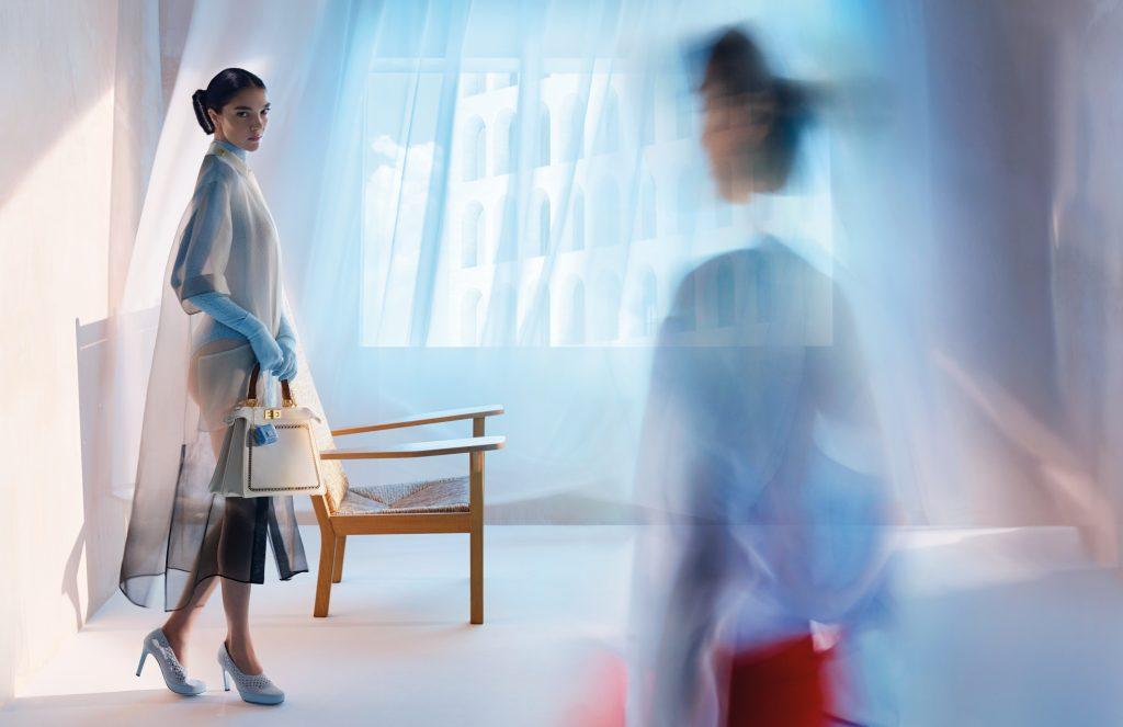 Fendi представил новую рекламную кампанию коллекций сезона весна-лето 2021