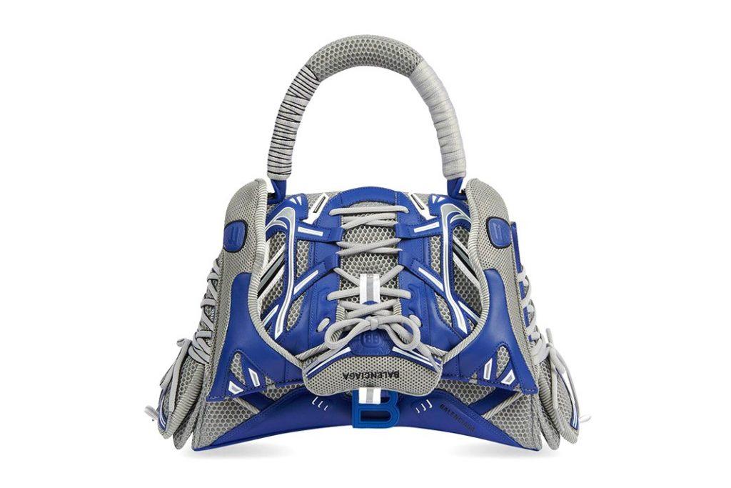 Момент моды: Balenciaga представил сумку, созданную из кроссовок