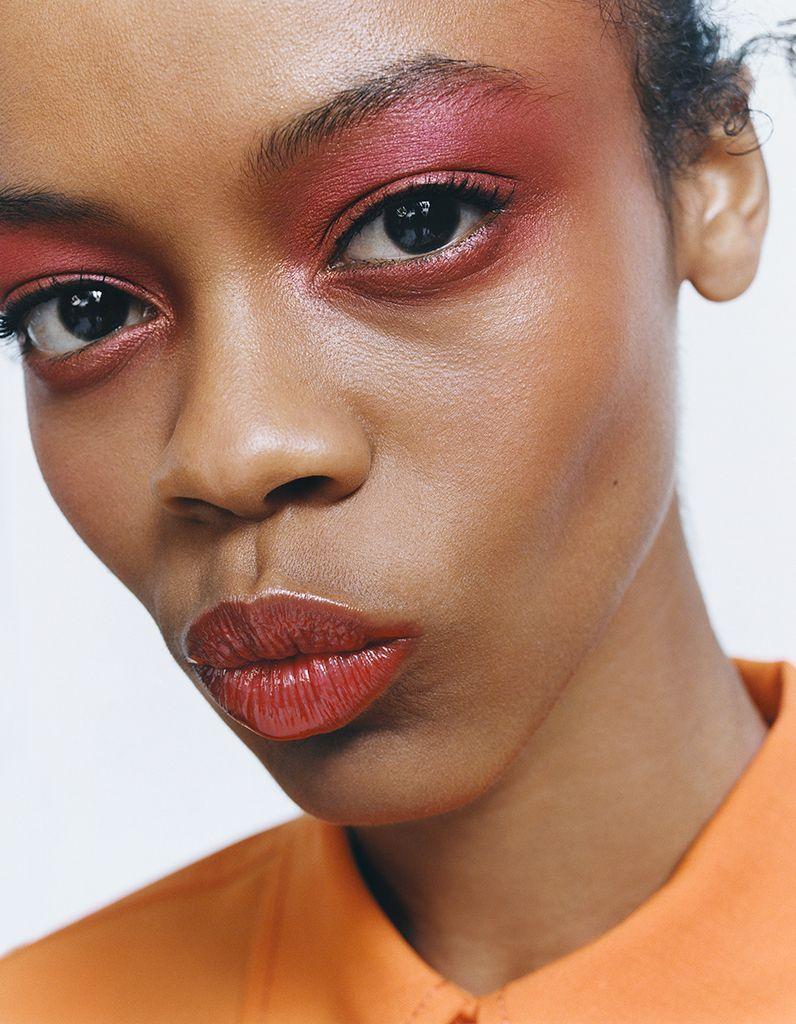 Zara Beauty: секреты запуска линейки макияжа от Zara