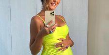 Певица Нюша ждет второго ребенка