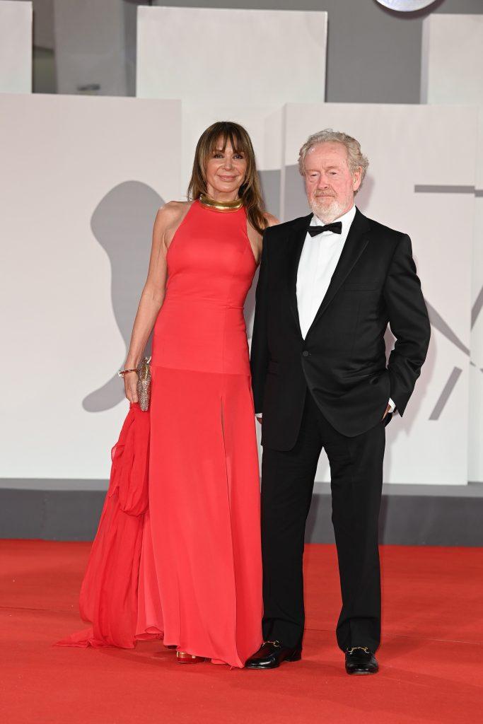 Звездные гости 78-го Венецианского кинофестиваля в украшениях Cartier
